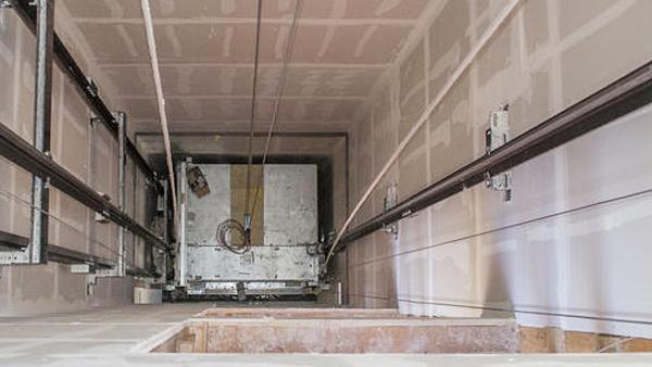 电梯井修缮