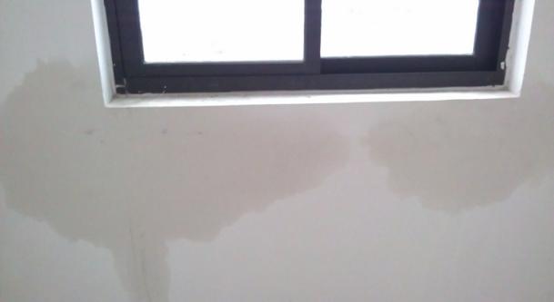 窗台窗边渗漏问题
